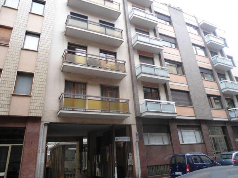 Magazzino in affitto a Torino, 1 locali, zona Zona: 9 . San Donato, Cit Turin, Campidoglio, , prezzo € 800 | Cambio Casa.it