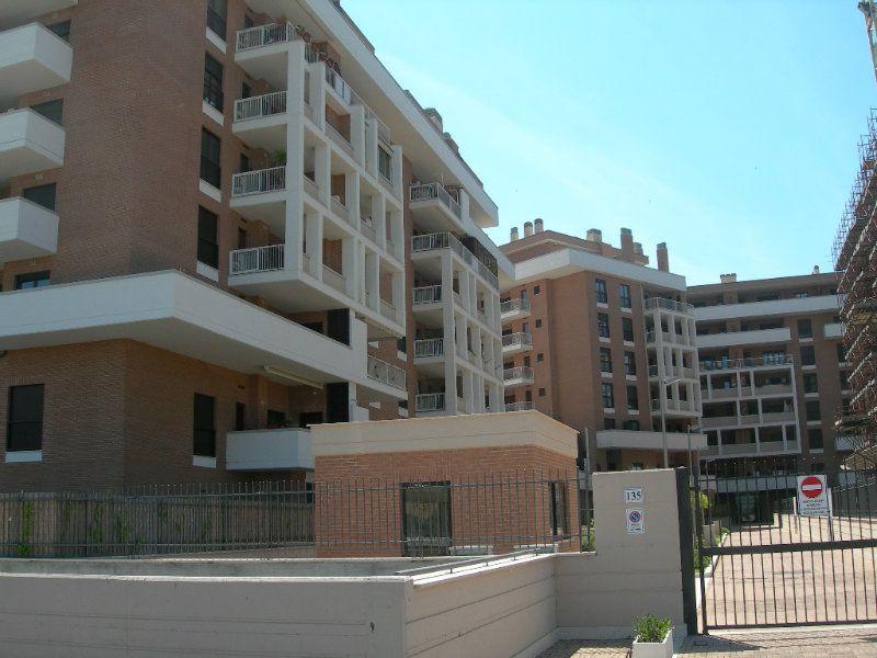 Appartamento in vendita a Fiumicino, 2 locali, prezzo € 190.000   Cambiocasa.it