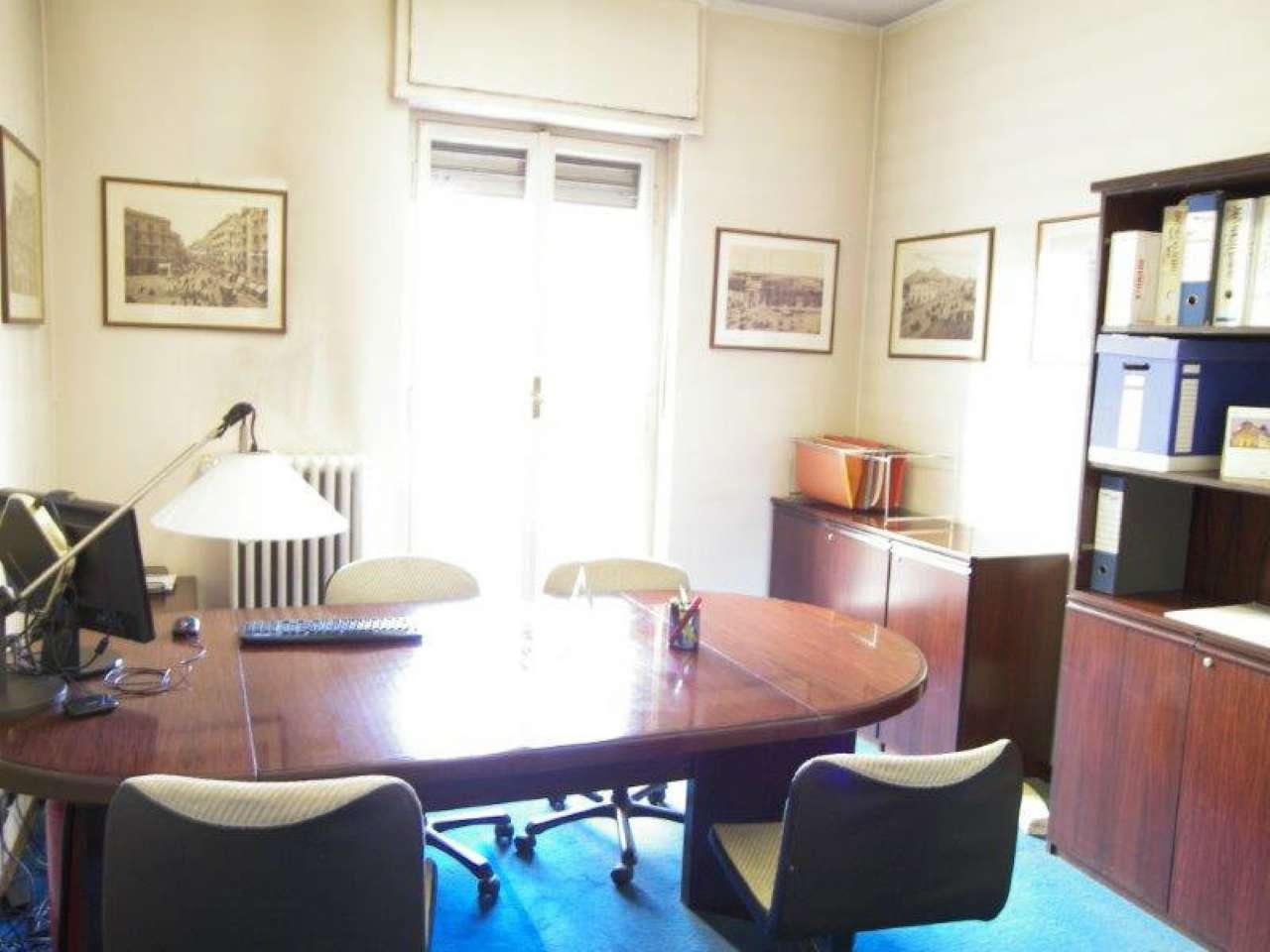 Negozio / Locale in affitto a Torino, 2 locali, zona Zona: 7 . Santa Rita, prezzo € 590 | Cambio Casa.it
