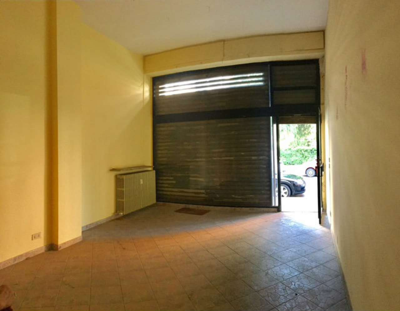 Negozio / Locale in affitto a Torino, 2 locali, zona Zona: 8 . San Paolo, Cenisia, prezzo € 300 | CambioCasa.it