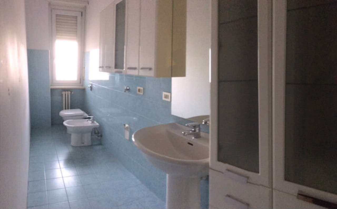 Foto 6 di Appartamento via Arnaldo da Brescia, Torino (zona Lingotto)