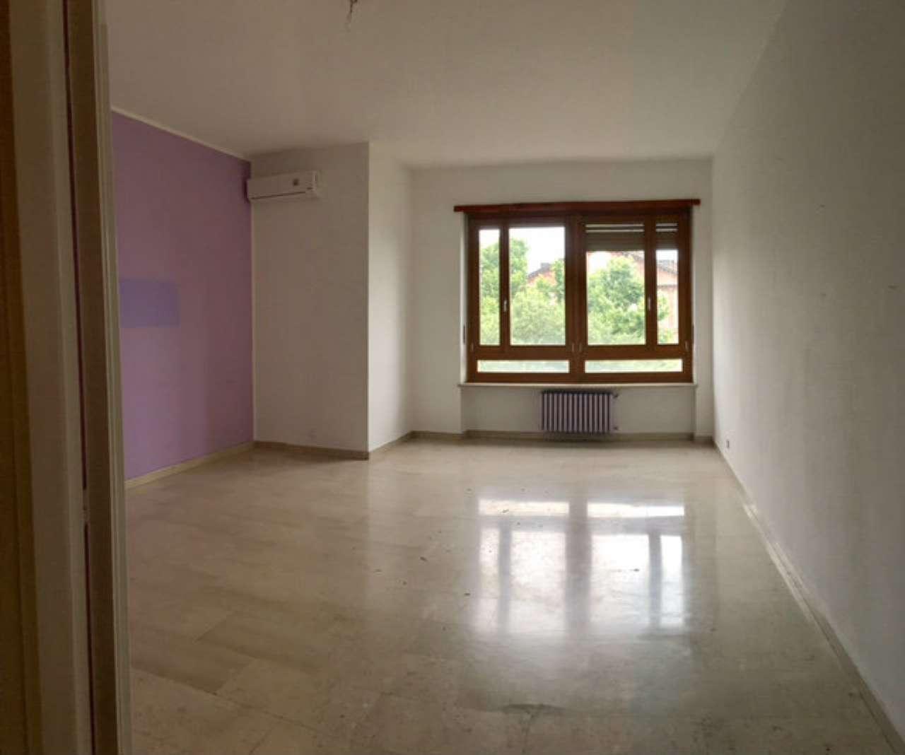 Foto 8 di Appartamento via Arnaldo da Brescia, Torino (zona Lingotto)