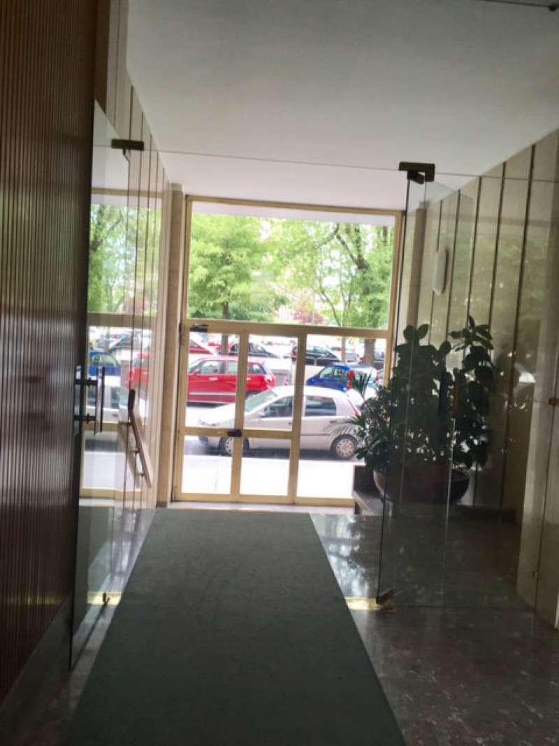 Foto 2 di Appartamento via Arnaldo da Brescia, Torino (zona Lingotto)