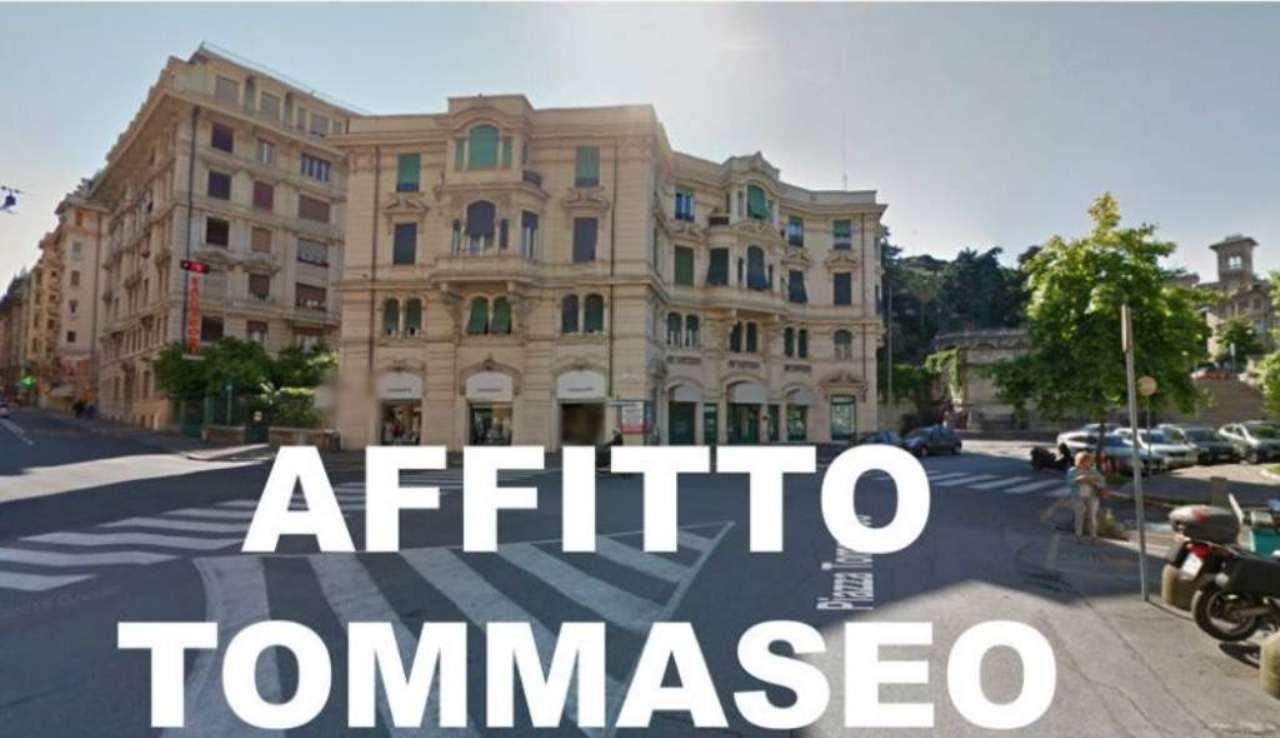 Appartamento in Affitto a Genova Centro: 3 locali, 75 mq