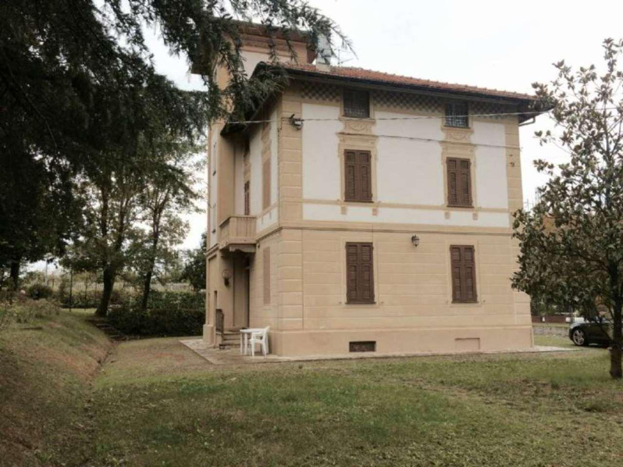 Villa in Vendita a Ovada