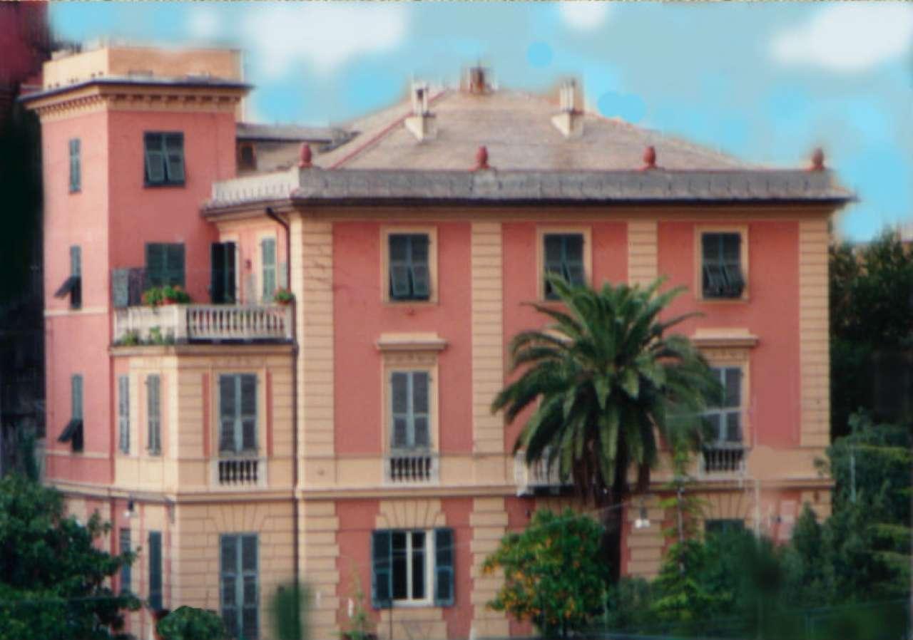 Appartamento in Vendita a Genova Centro: 5 locali, 294 mq