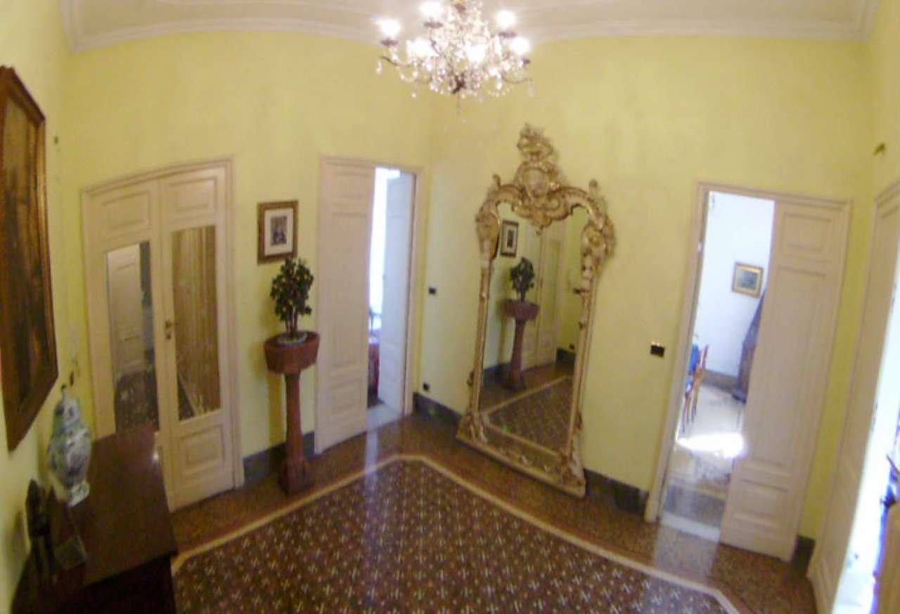 Appartamento in Vendita a Genova Centro: 4 locali, 147 mq