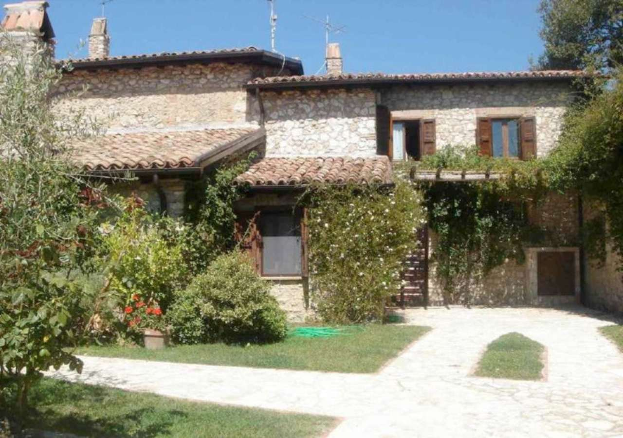 Villa in vendita a Casaprota, 15 locali, prezzo € 800.000 | Cambio Casa.it