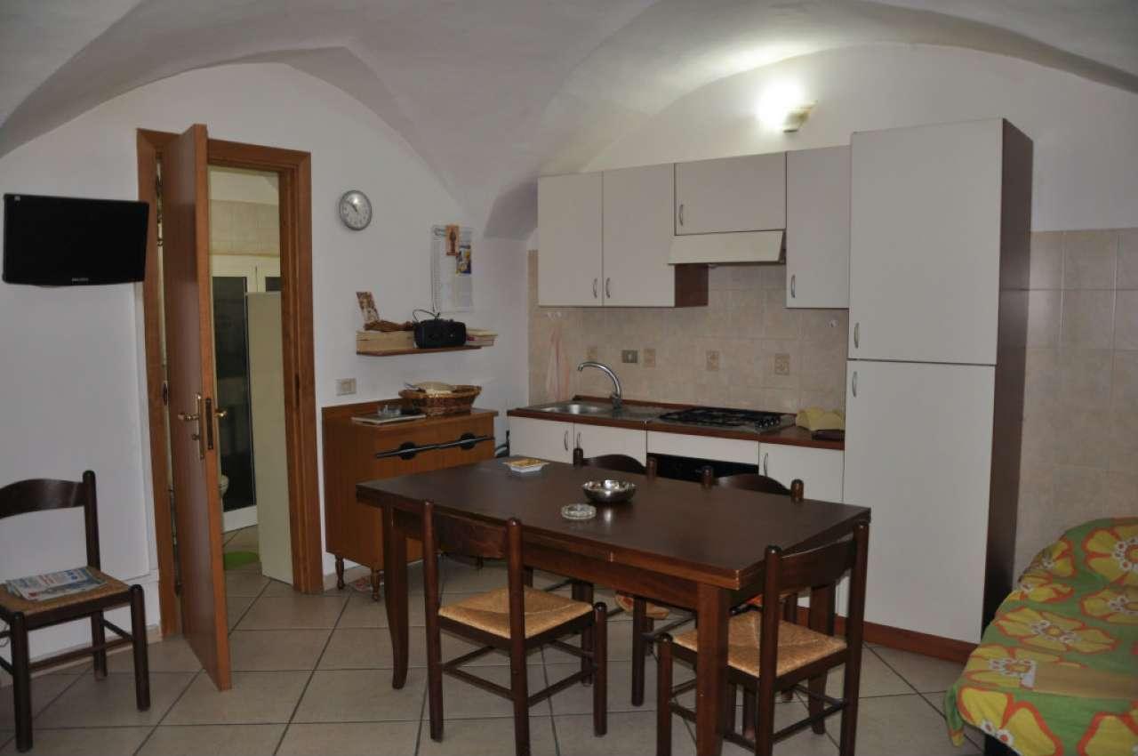 Soluzione Indipendente in vendita a Fasano, 2 locali, prezzo € 65.000   CambioCasa.it