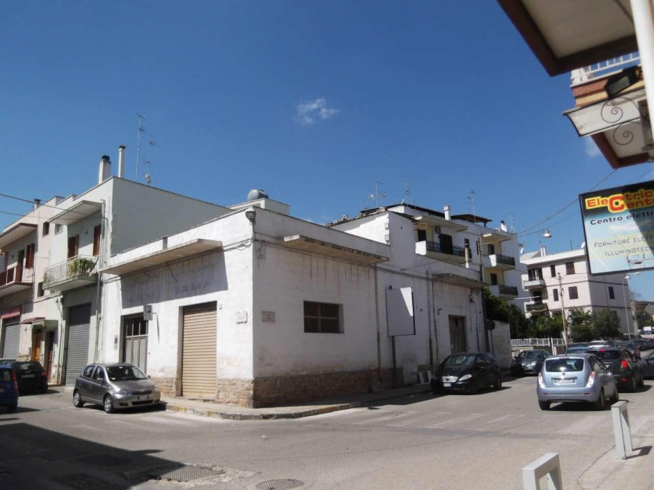 Negozio / Locale in vendita a Fasano, 2 locali, Trattative riservate | CambioCasa.it