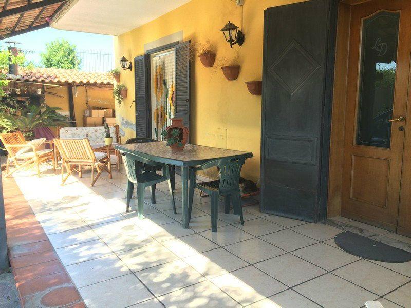 Villa in Vendita a Calvizzano