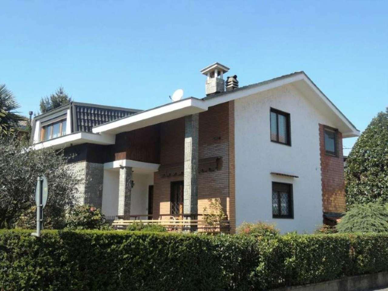 Villa in vendita a Collegno, 7 locali, prezzo € 459.000 | Cambio Casa.it