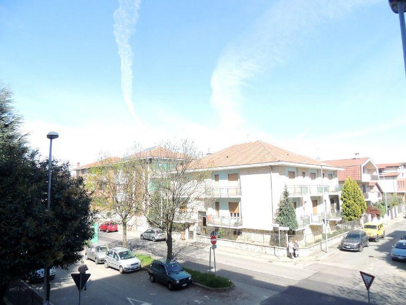 Bilocale Collegno Via Bardonecchia 9