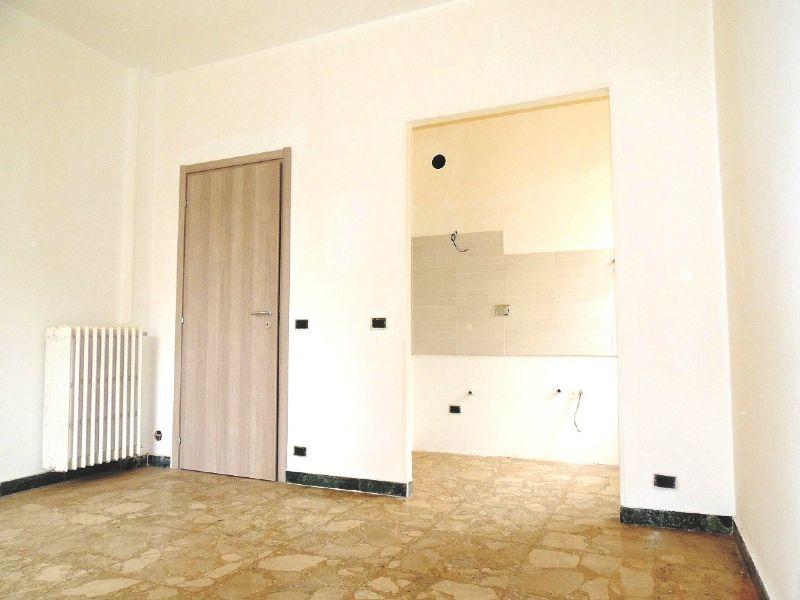 Bilocale Collegno Via Gobetti 3