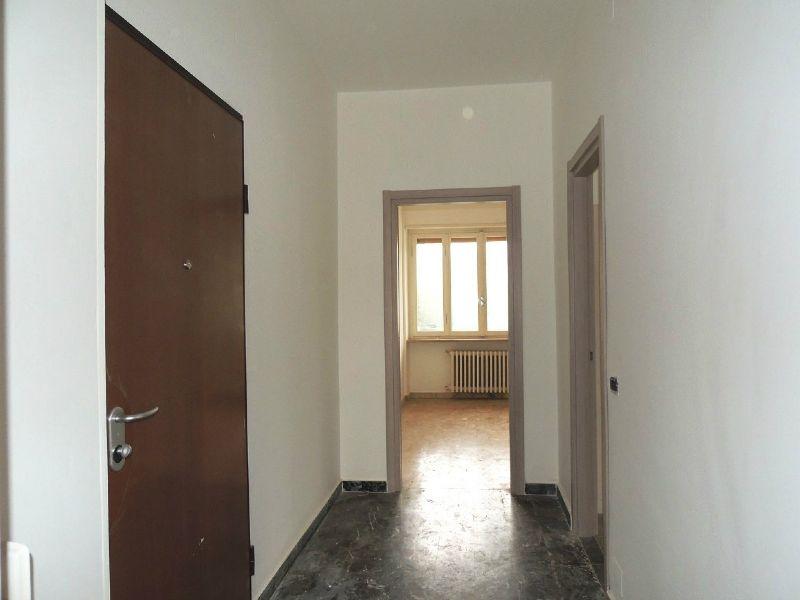 Bilocale Collegno Via Gobetti 12