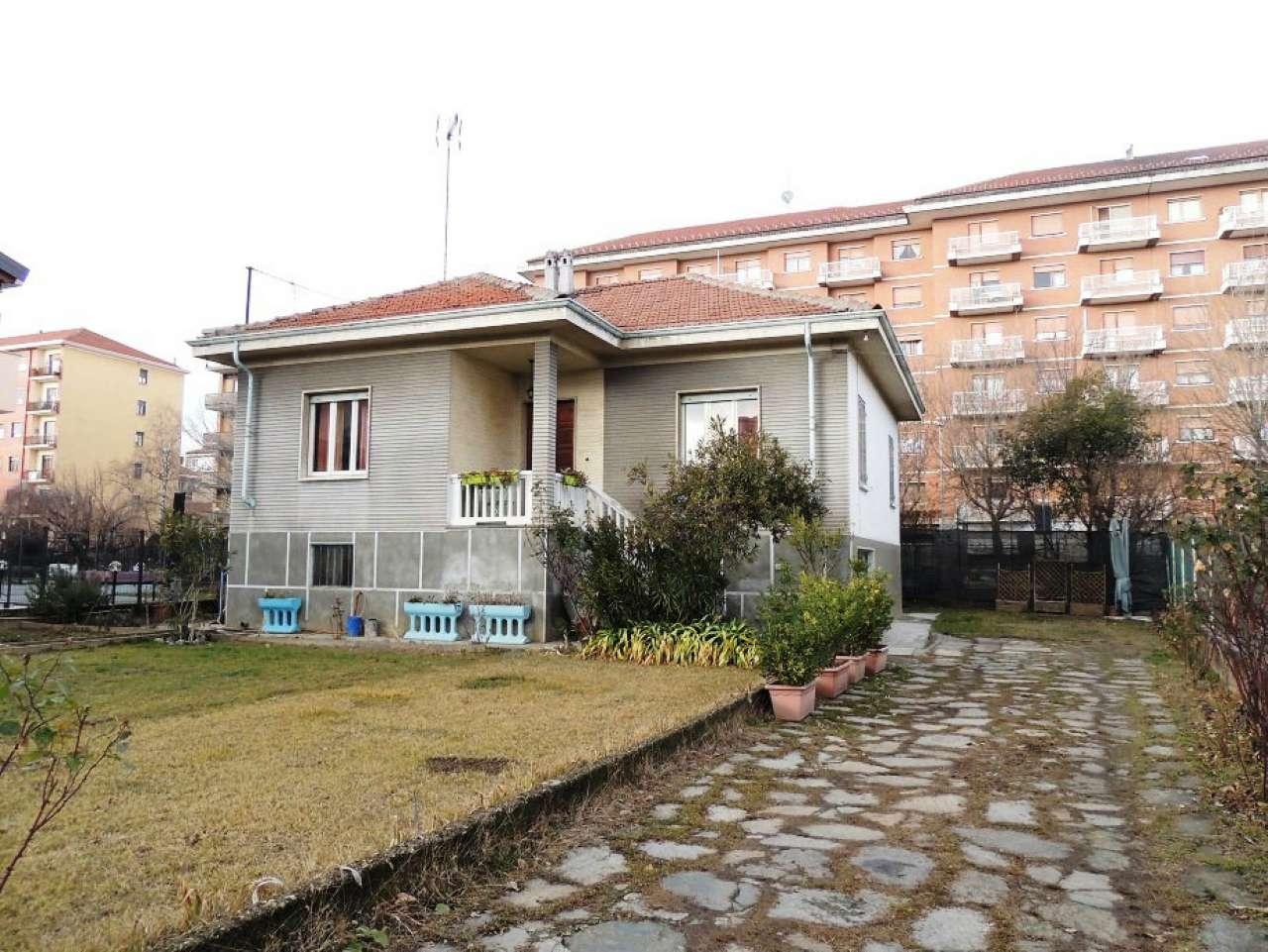 Villa in vendita a Collegno, 5 locali, prezzo € 499.000 | Cambio Casa.it