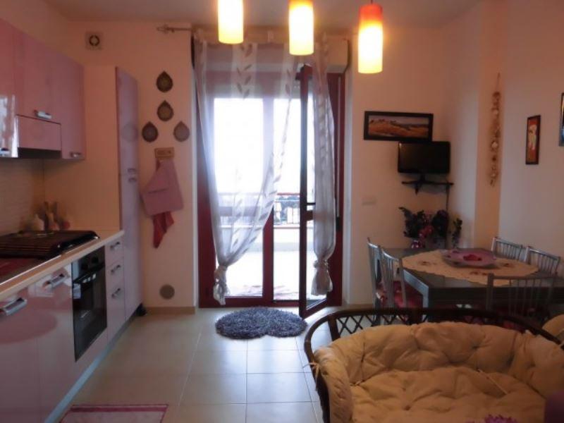 Appartamento in vendita a Vasto, 2 locali, prezzo € 130.000 | Cambiocasa.it