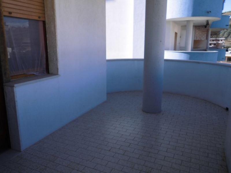 Appartamento in vendita a Vasto, 4 locali, prezzo € 200.000   Cambiocasa.it