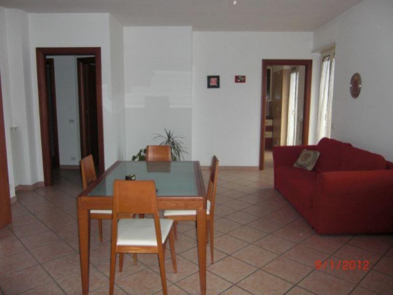Appartamento in vendita a Vasto, 4 locali, prezzo € 190.000 | Cambiocasa.it