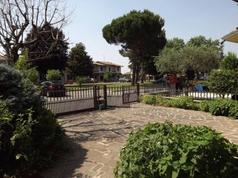 Villa a Schiera in Vendita a Torbole Casaglia