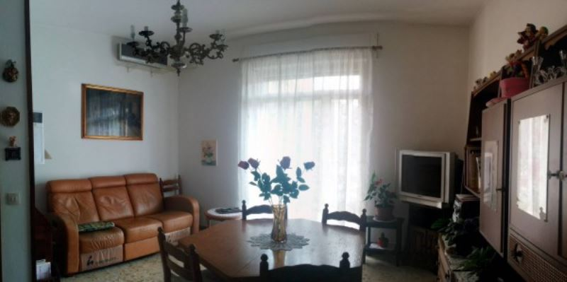 Appartamento in vendita a Gussago, 3 locali, prezzo € 129.000 | Cambio Casa.it