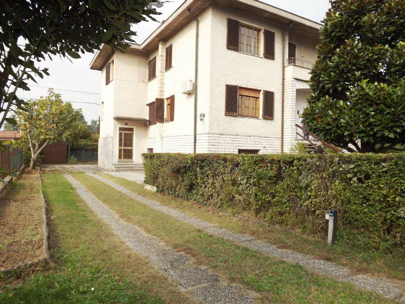 Appartamento in affitto a Roncadelle, 4 locali, prezzo € 550 | Cambio Casa.it