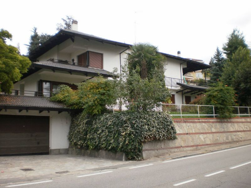 Appartamento in affitto Zona Precollina, Collina - strada Traforo del Pino 39/2 Torino