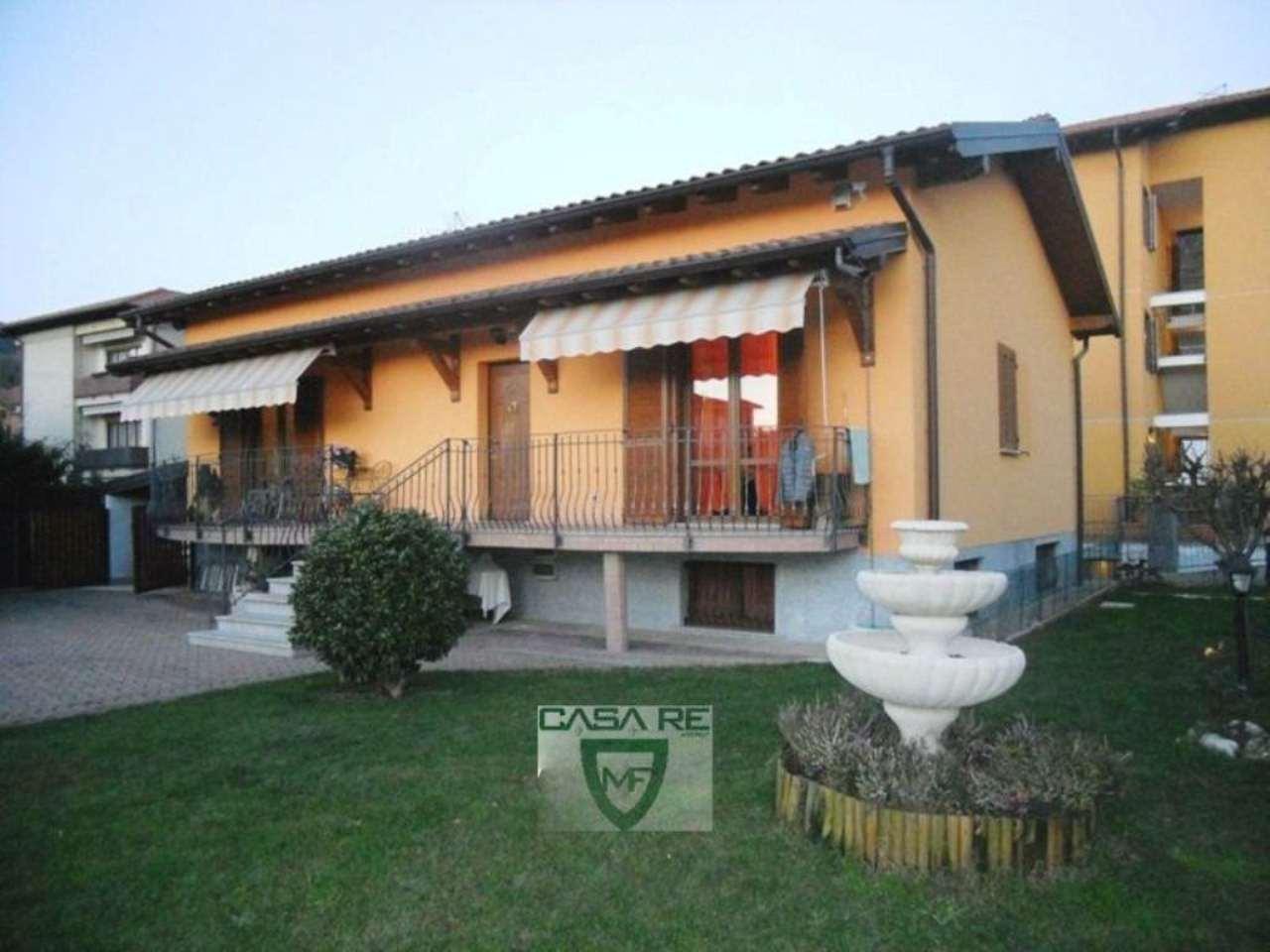 Villa in vendita a Induno Olona, 6 locali, prezzo € 420.000 | Cambio Casa.it
