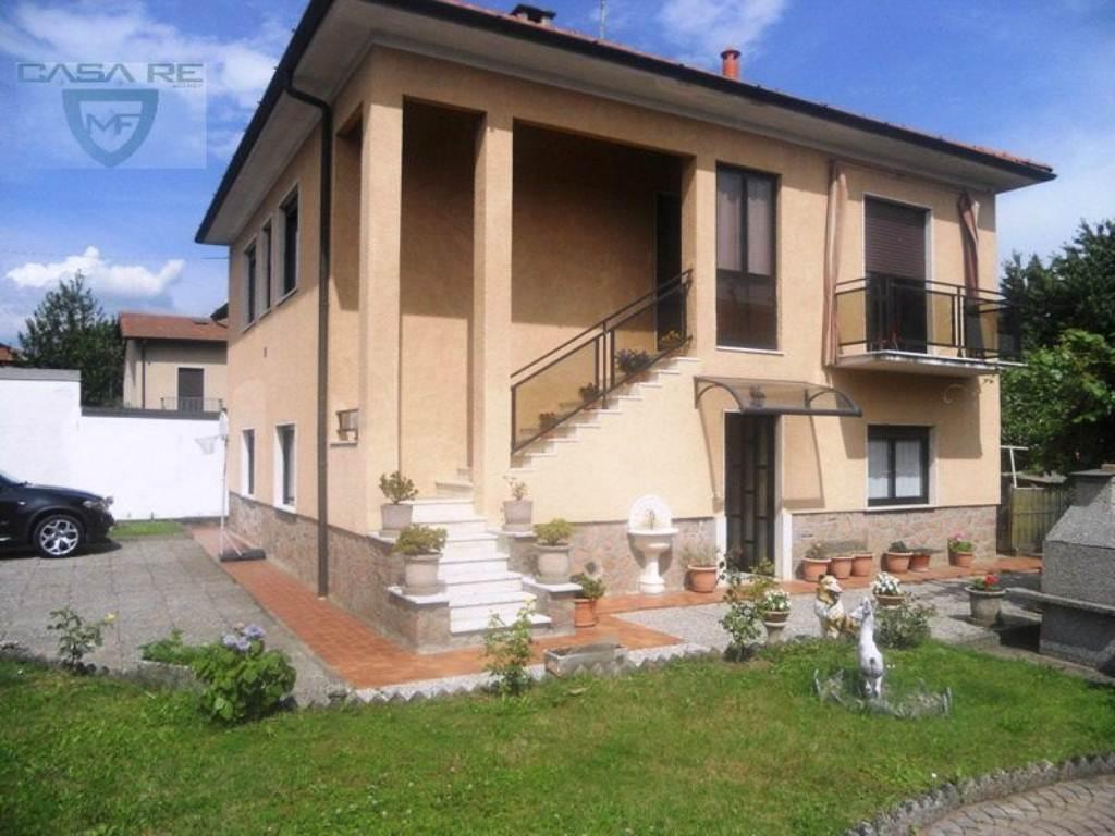 Villa Bifamiliare in Vendita a Induno Olona