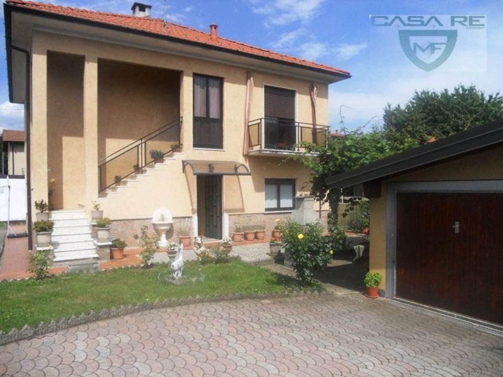 Villa in Vendita a Induno Olona