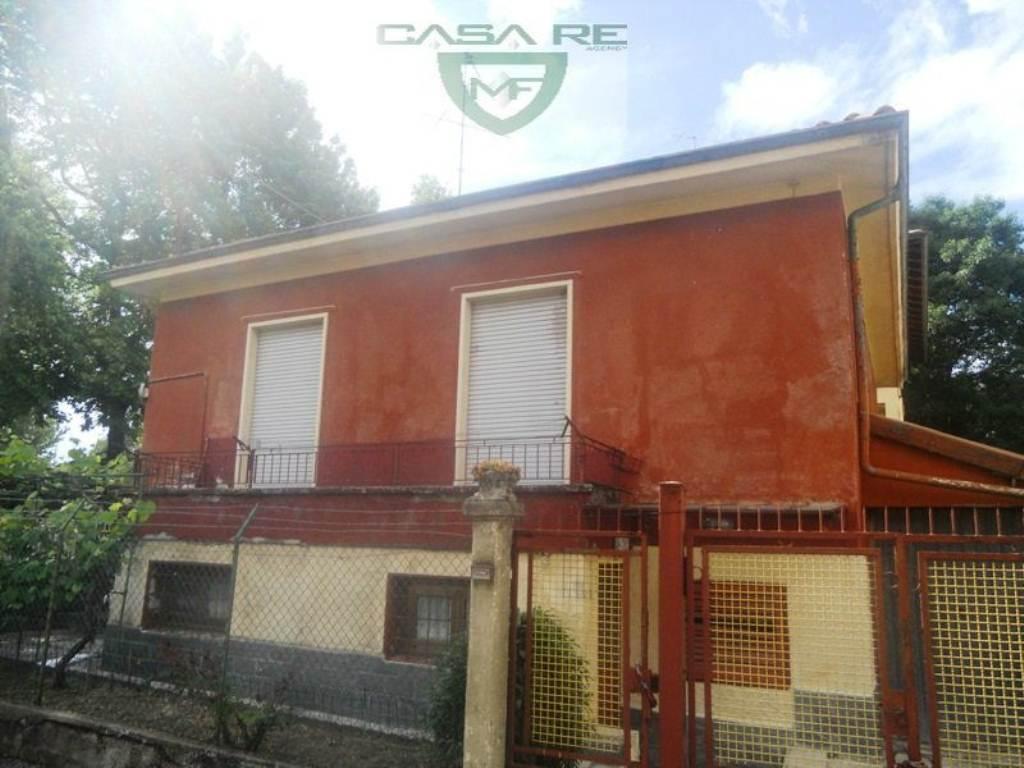 Soluzione Indipendente in vendita a Varese, 3 locali, prezzo € 140.000   Cambio Casa.it