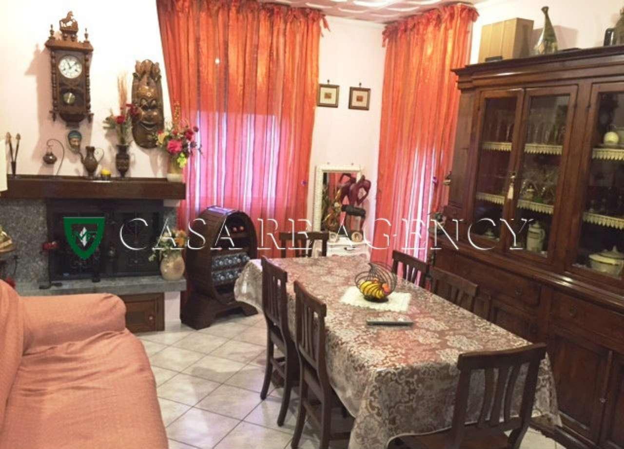 Appartamento in vendita a Induno Olona, 3 locali, prezzo € 135.000 | CambioCasa.it