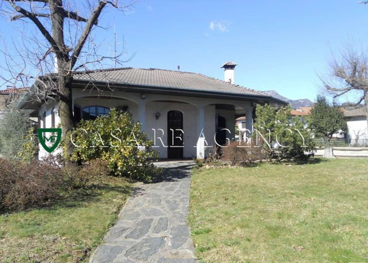 Villa in vendita a Induno Olona, 5 locali, prezzo € 550.000 | Cambio Casa.it