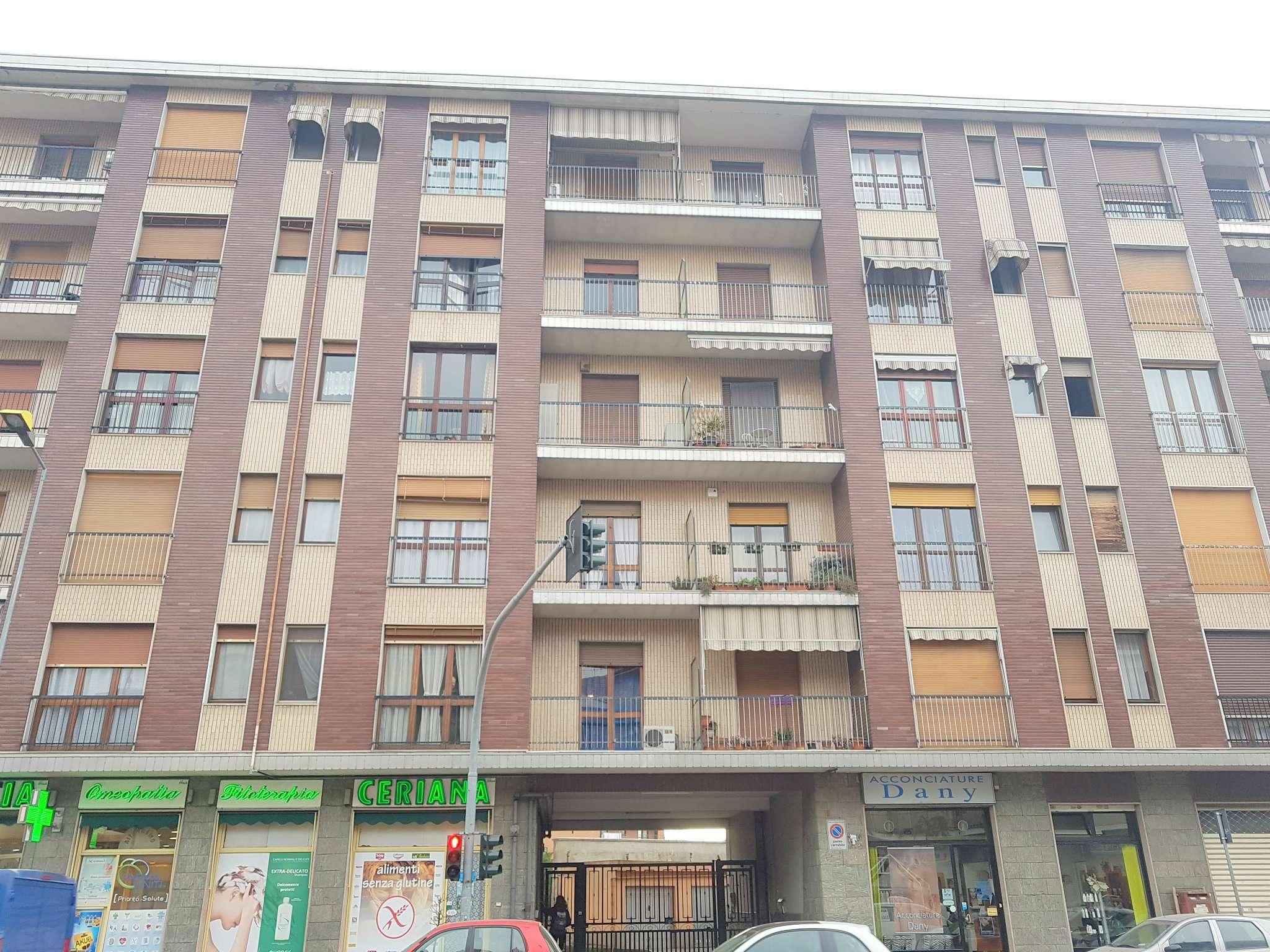 Appartamento in affitto a Moncalieri, 2 locali, prezzo € 380   Cambio Casa.it