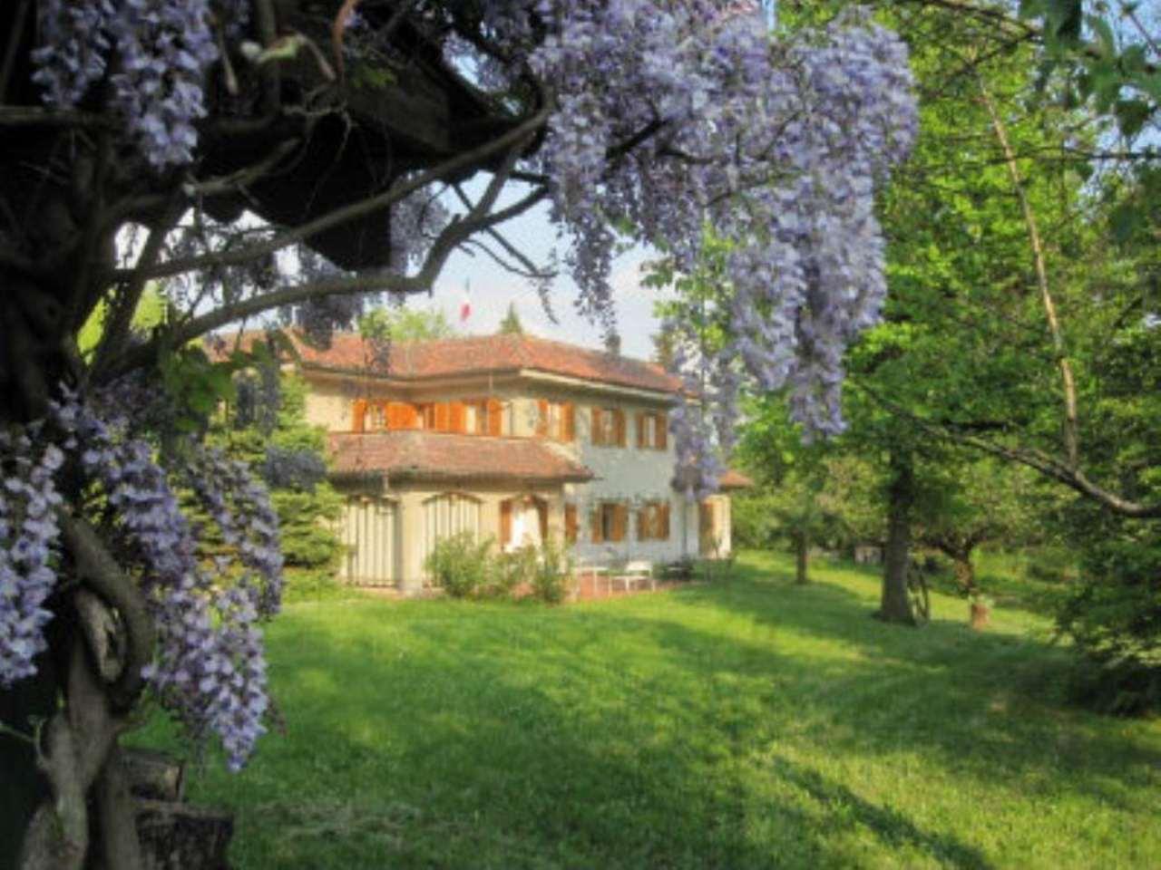 Villa in vendita a Castiglione Torinese, 11 locali, prezzo € 620.000 | Cambio Casa.it