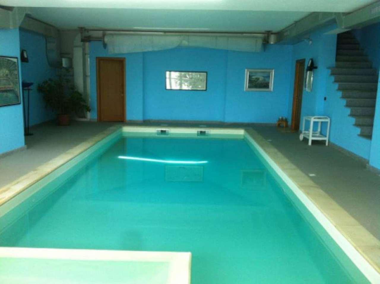 Villa in vendita a Almese, 14 locali, prezzo € 1.250.000 | Cambio Casa.it