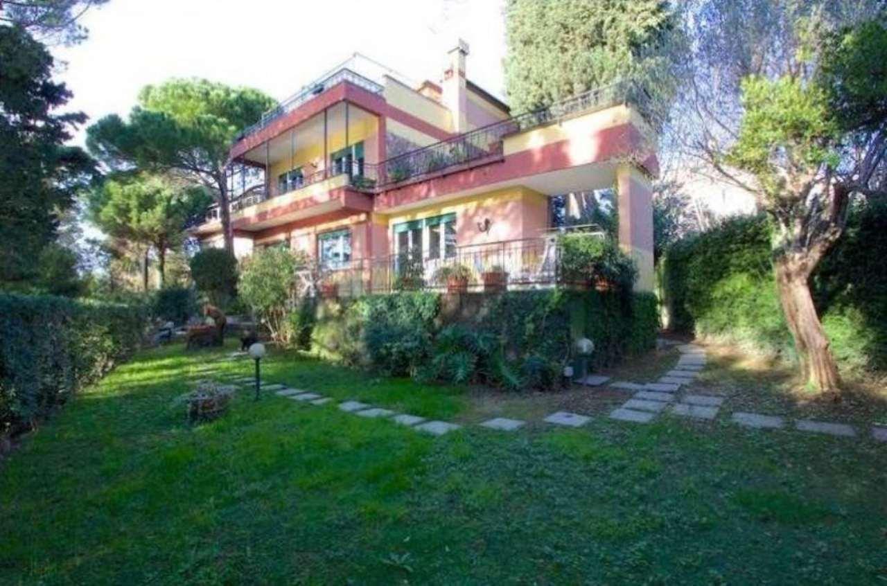 Villa in vendita a Genova, 10 locali, zona Zona: 19 . Quarto, prezzo € 2.700.000 | Cambio Casa.it