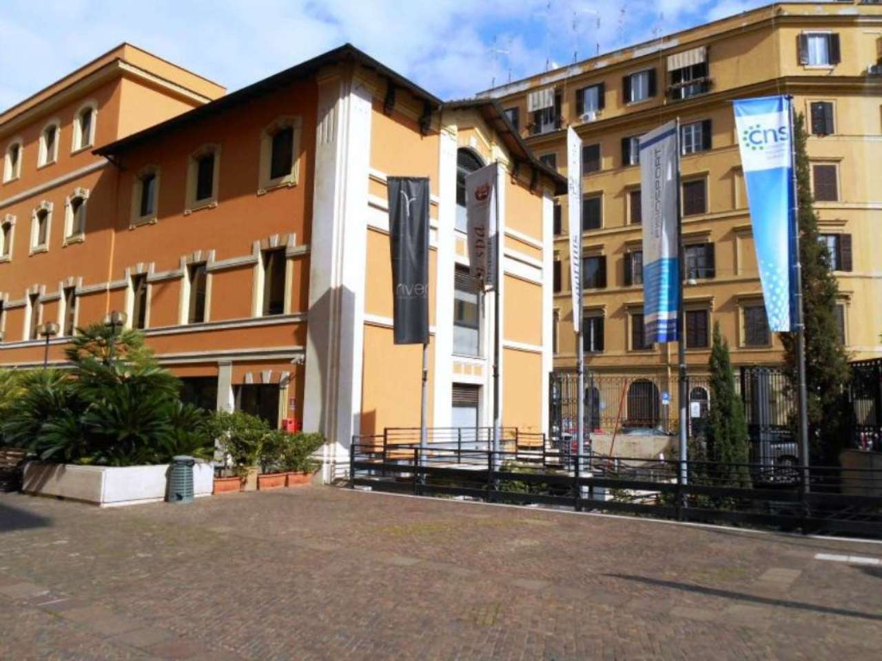 Casenetwork a roma casa for Vendesi palestra roma