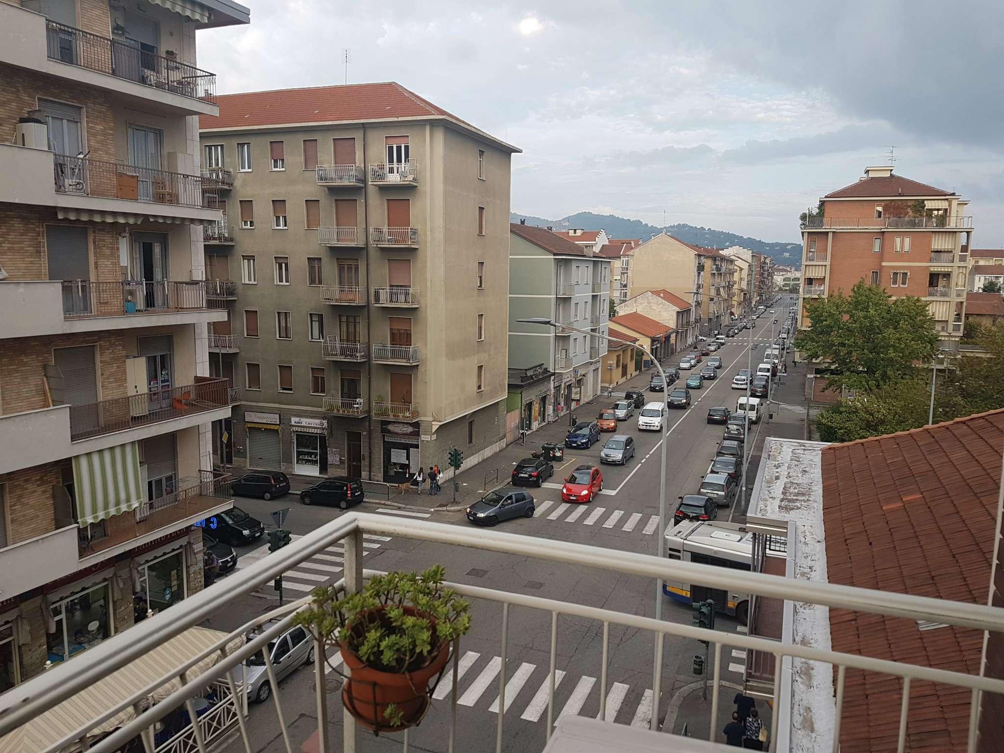 Bilocale Torino Via Candiolo 2