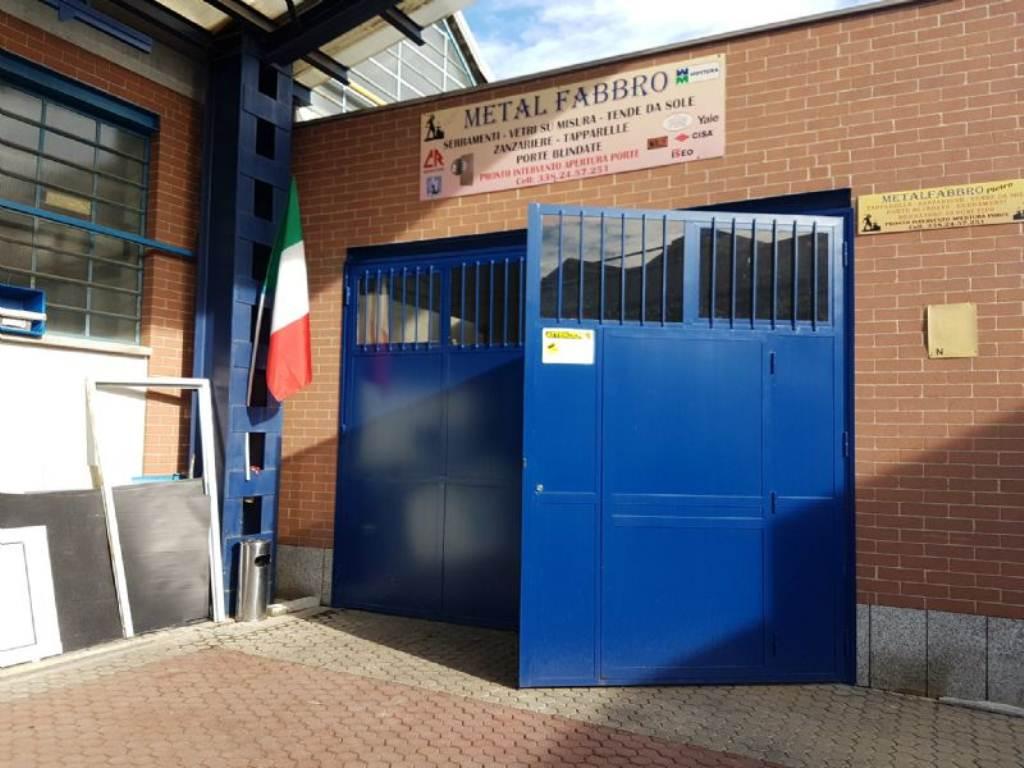 Capannone in affitto a Collegno, 3 locali, prezzo € 1.000 | Cambio Casa.it