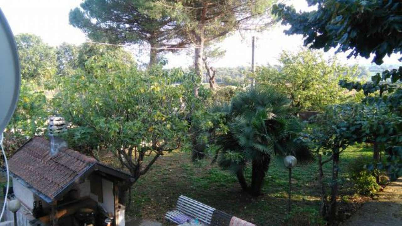 Villa in vendita a Valmontone, 4 locali, prezzo € 130.000 | CambioCasa.it