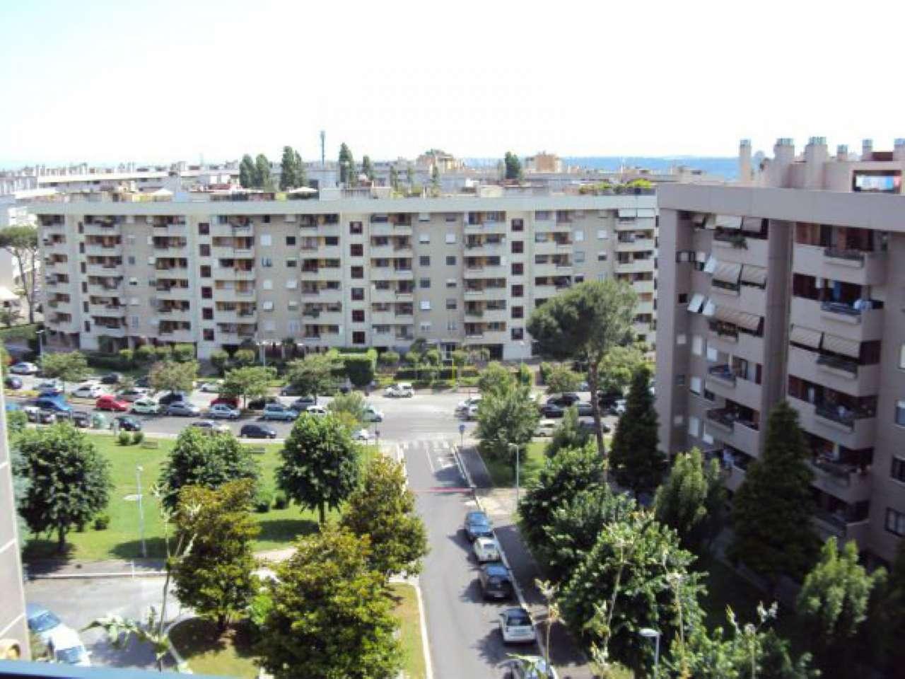 Appartamento in vendita 4 vani 118 mq.  via maria melato Roma