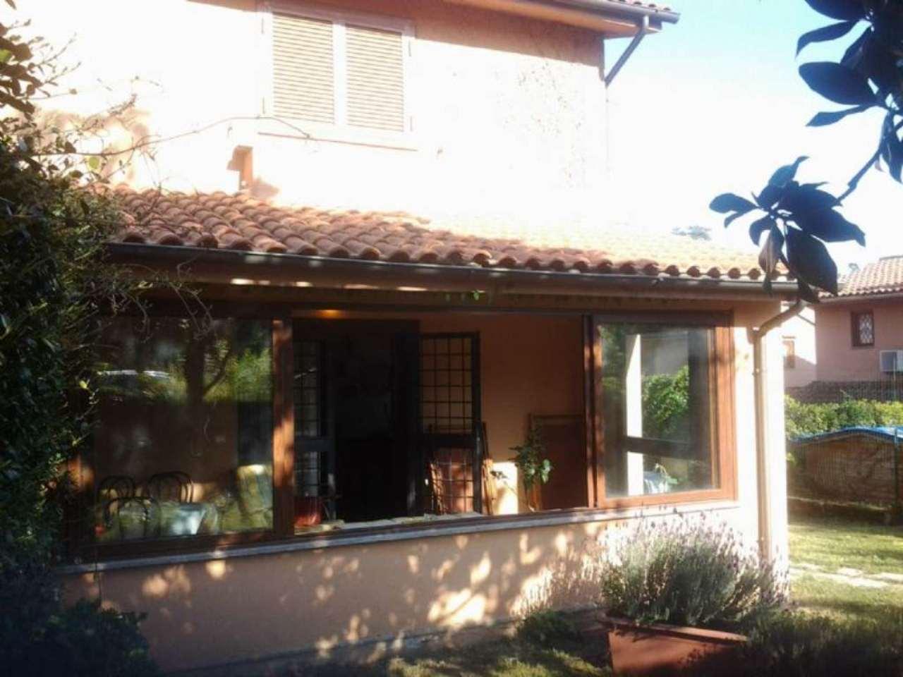 Villa in vendita a Campagnano di Roma, 5 locali, prezzo € 180.000 | Cambio Casa.it