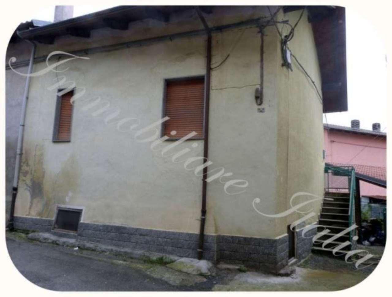 Bilocale Cuorgnè Via Del Castello 3