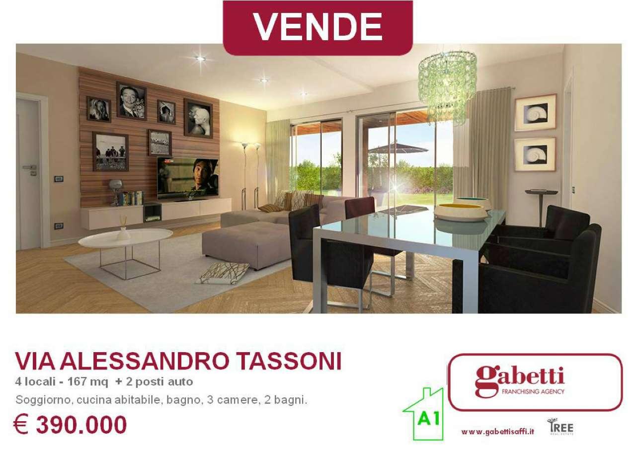 Villetta in vendita 4 vani 167 mq.  via Alessandro Tassoni Bologna