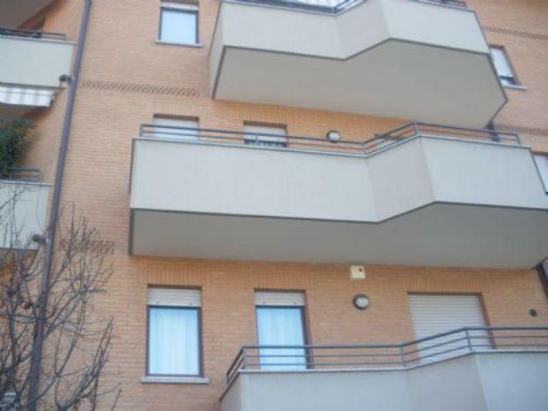 Bilocale Legnano Via Sauro 1