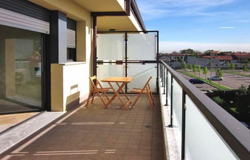 Bilocale Vanzago Via Tintoretto 1