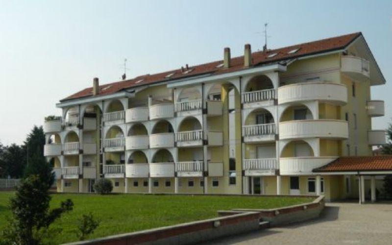 Bilocale Arluno Via Montale 1