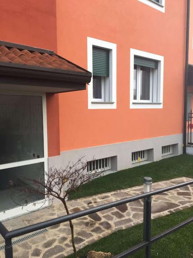 Bilocale Parabiago Via Lippi 1