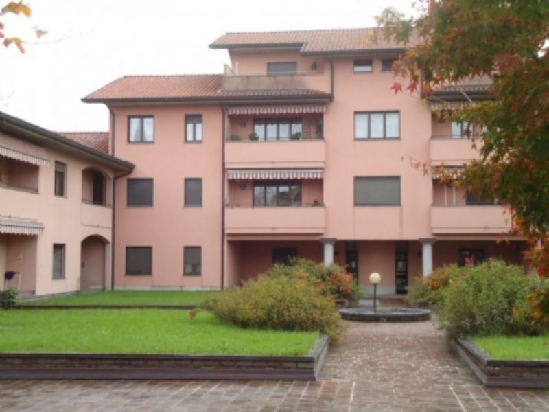 Bilocale Parabiago Via San Sebastiano 1